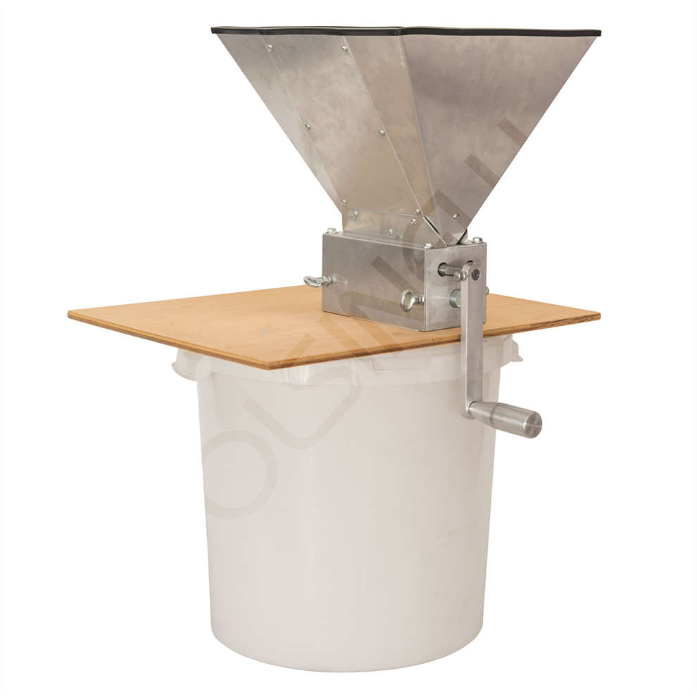 3 rollers malt mill with wooden base