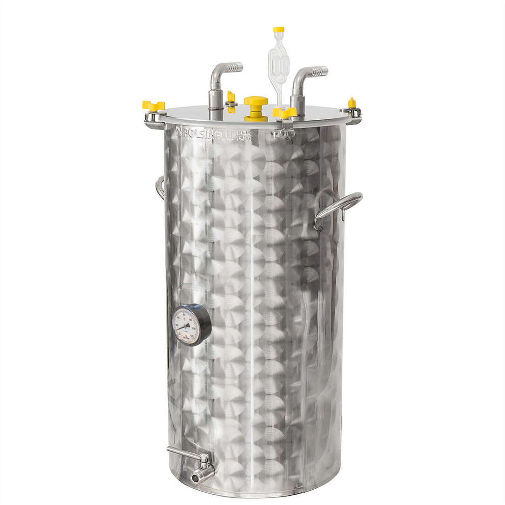 380 L stainless steel refrigerated beer fermenter with flat bottom
