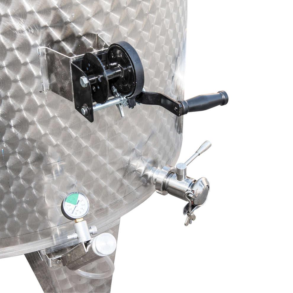 Depósito inox de fundo cónico 3000 L con flotador a aire y puerta
