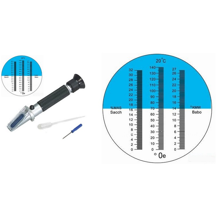 Refractometer provided with three scales ATC